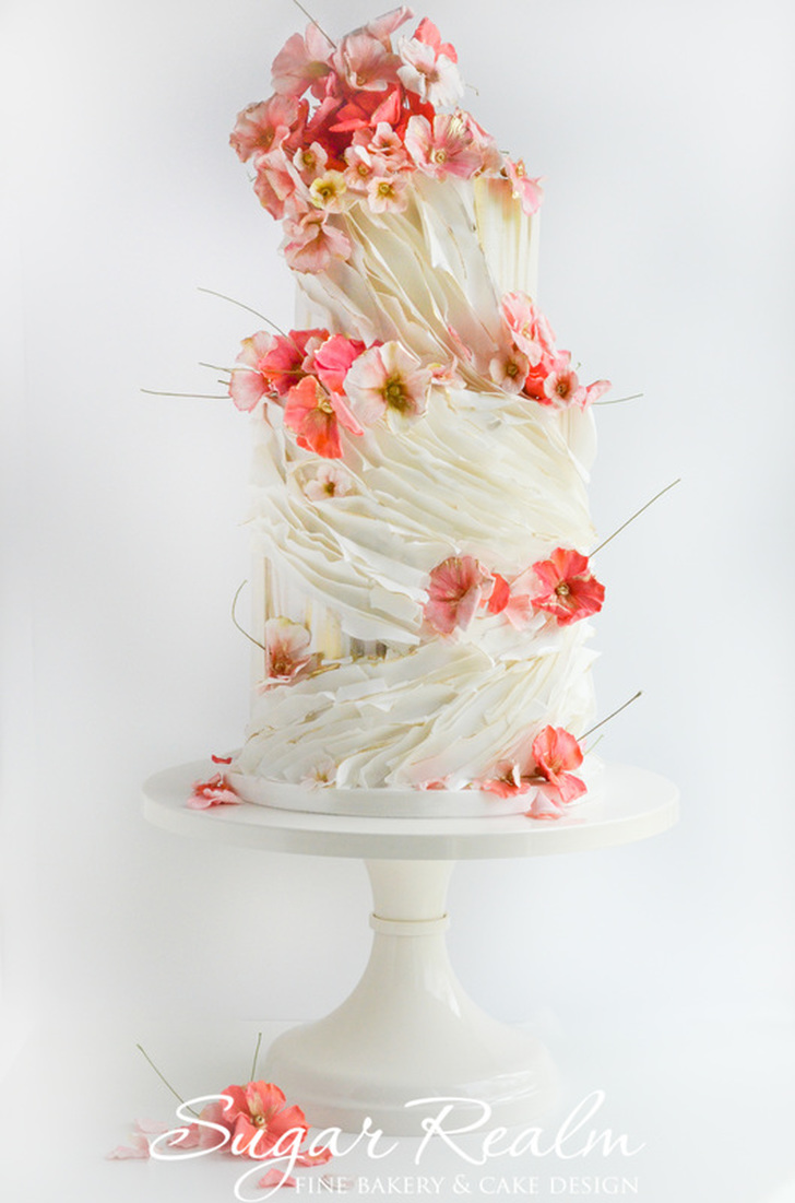realm wedding cakes cincinnati ruffles and blossoms wedding cake